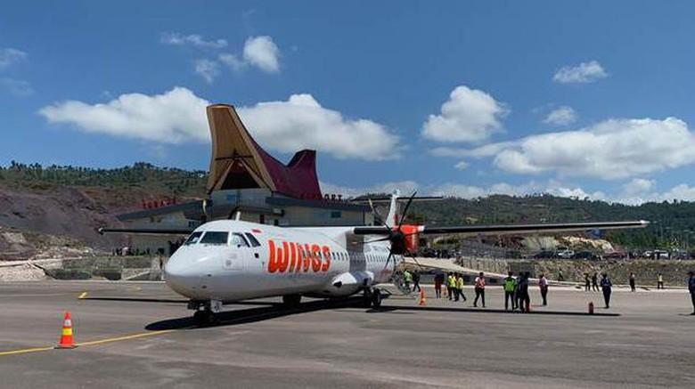 Perdana! Wings Air Daratkan Pesawat ATR di Tana Toraja.